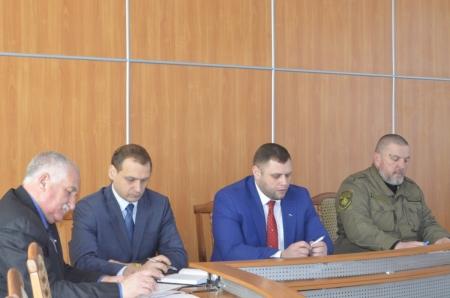 В Феодосии состоялось совещание представителей Крымского окружного казачьего общества с органами местного самоуправления