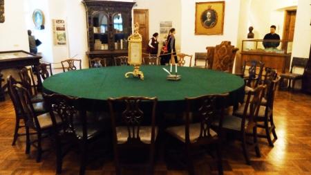 Научную работу Феодосийского музея древностей поддержали ведущие российские академики и Государственный Эрмитаж
