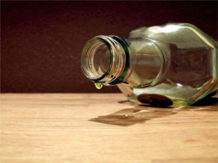 В Феодосии двух подростков поймали за распитием спиртного