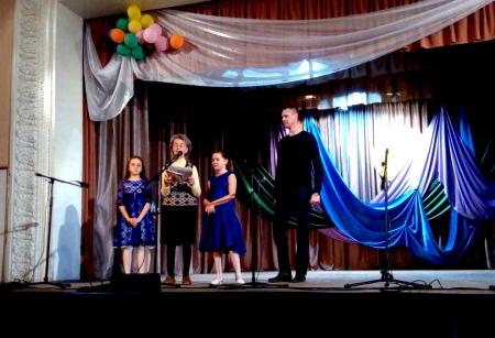 Феодосийские сироты посетили праздничный концерт