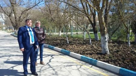 Комиссия по мониторингу готовности к открытию и функционированию в период курортного сезона 2017 года мест массового отдыха людей на водных объектах посетила поселок Орджоникидзе