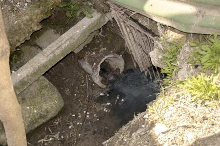 В Феодосии продолжают выявлять незаконные врезки в ливневки
