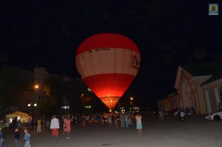В Феодосии проходит фестиваль «Воздушное братство»