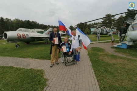 Танцы и прыжки с парашютом: первое место на международном фестивале