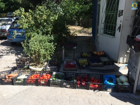 В Феодосии установлены факты торговли в неустановленных местах