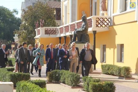 Эксперты Изборского клуба посетили картинную галерею Айвазовского