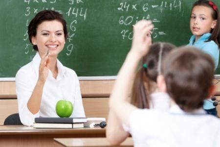 В Приморском отметили День учителя