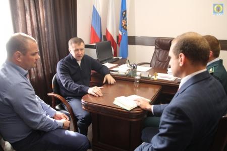 В Администрации Феодосии прошла рабочая встреча с участием министра экологии Крыма