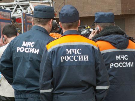 Спасатели деблокировали водителя из перевернувшегося на трассе Феодосия – Симферополь грузовика