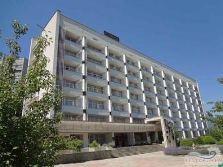 Санаторий «Алуштинский» определен под инвестиционный проект «Дом творчества «Алуштинский»