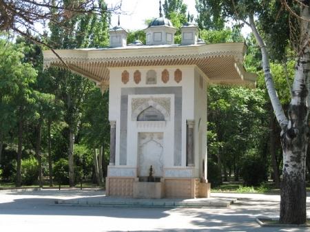 Феодосийский фонтан Айвазовского заработает после многолетнего перерыва