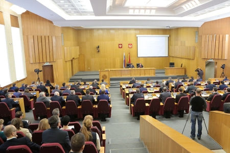 Феодосийские депутаты приняли решение о досрочном прекращении полномочий главы городской администрации Щепеткова