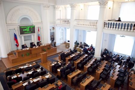 Депутаты Заксобрания Севастополя просят Правительство РФ не отдавать военным имущественный комплекс бывшего института банковского дела