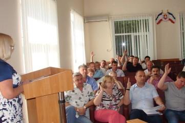 Феодосийские депутаты согласовали кандидатуры заместителей главы администрации города