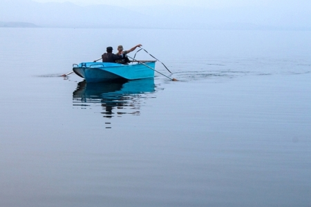 Спасатели прекратили активные поиски рыбаков, пропавших в Азовском море больше недели назад