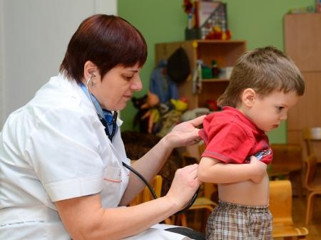 Около 200 классов и две школы в Севастополе закрыты на карантин из-за увеличения случаев ОРВИ и гриппа