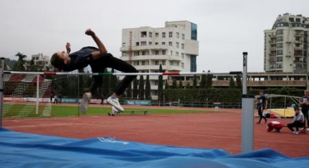 Призёры турнира по лёгкой атлетике ко Дню Героев Отечества определены в Симферополе