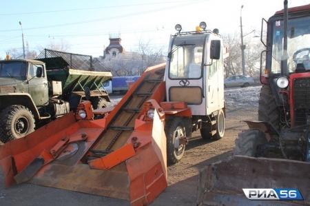 Ялтинские власти заявили о готовности к снегопадам, а дорожники пообещали оперативно ликвидировать последствия схода лавины на дорогу к Ай-Петри