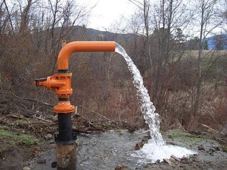 Севастопольский водоканал запустил в эксплуатацию артезианскую скважину в селе Родное