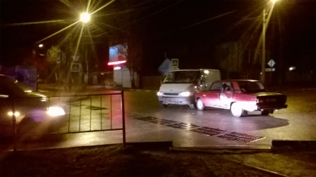 ДТП 6 января на перекрестке ул. Крымской и Гарнаева, возле магазина Мастер.