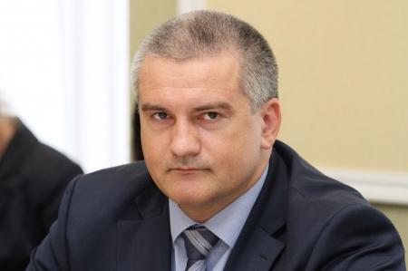 Минкурортов Крыма должно активно работать с бизнесом и содействовать представителям отрасли из других регионов – Аксёнов