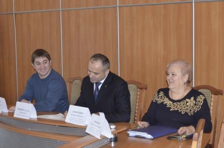 В Феодосии состоялась встреча руководства города с молодежными организациями Феодосии.