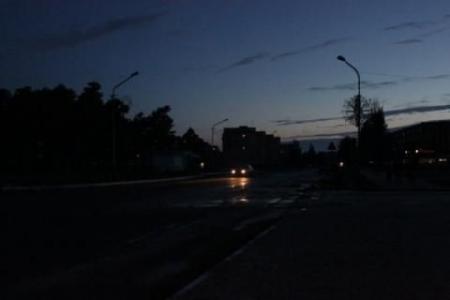 Почему не горит уличное освещение  в Феодосии