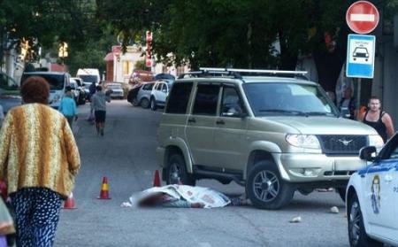 Севастополец насмерть сбил женщину (фото 18+)