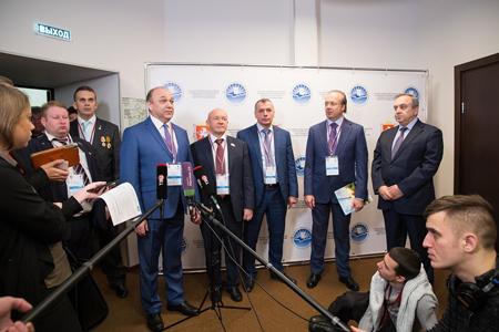 Представители около 40 стран приедут на ЯМЭФ-2017 – Аксёнов