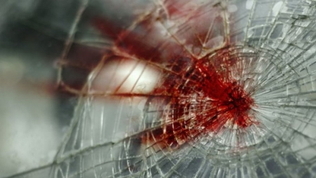 Вчера,  между Первомайкой и Насыпным легковушка сбила двоих пешеходов.