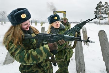 Около 200 крымчанок с 2014 года изъявили желание служить по контракту в российской армии