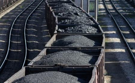 Украина теряет до 4 млрд грн ежемесячно из-за блокады поставок угля с Донбасса – Гройсман