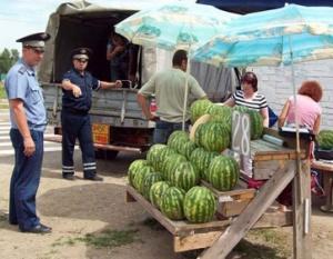 В Феодосии пойманы арбузные дилеры с тоннами товара