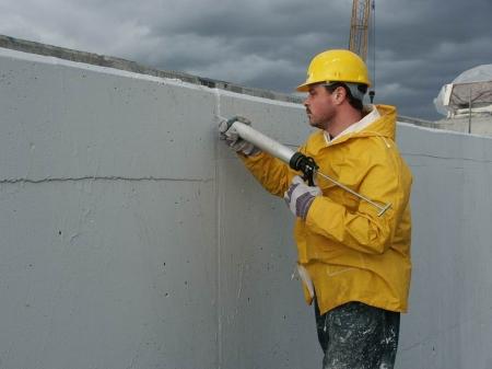 Герметик для бетонных швов: правила использования