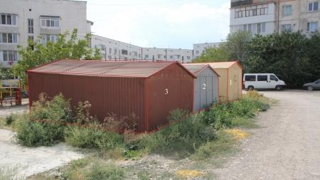 В Феодосии демонтируют неправомерно размещенные нестационарные объекты