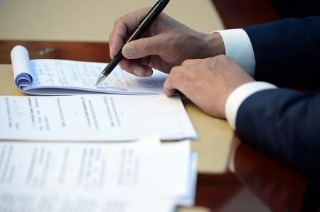 Экс-глава администрации Феодосии объяснил отставание в исполнении бюджета правовыми проволочками